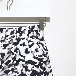 Calvin Klein - Abstract Black & White Shorts